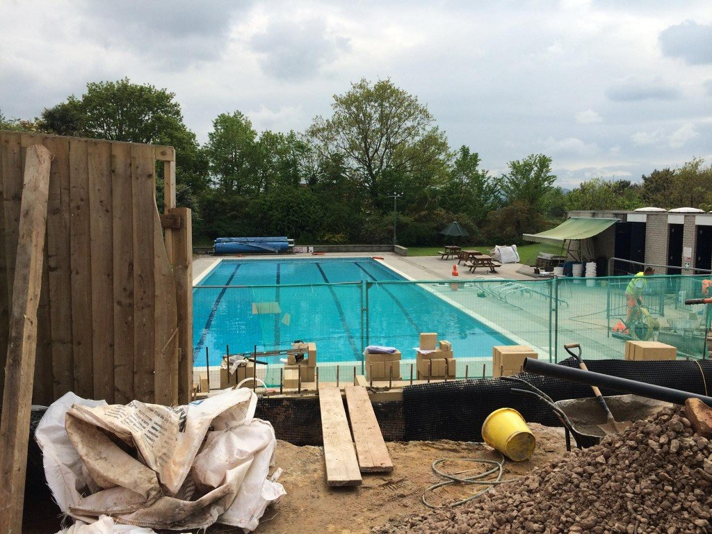 A change for the swimming pool changing rooms for Outdoor swimming pool leicester