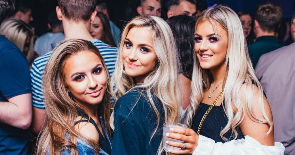Image may contain: Party, Night Life, Night Club, Club, Woman, Girl, Female, Blonde, Crowd, Person, People, Human