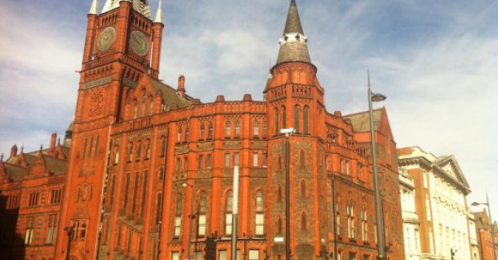 red brick university liverpool