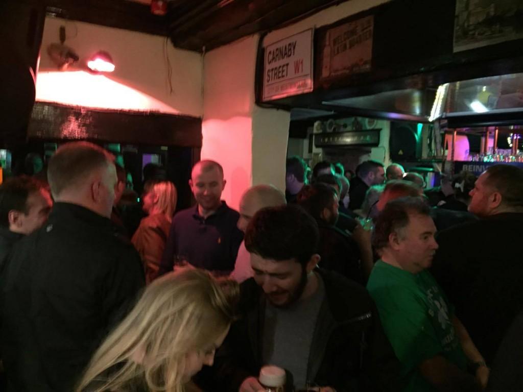 busy irish pub