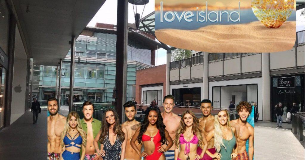 Image may contain: Bikini, Swimwear, Spring Break, Female, Tourist, Clothing, Apparel, Vacation, Human, Person
