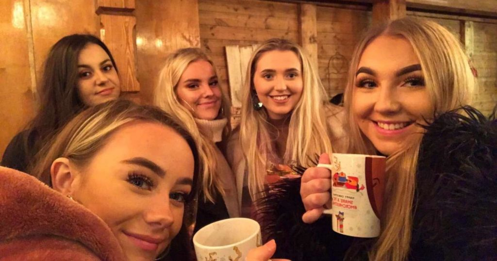 Image may contain: Beverage, Drink, Head, Girl, Woman, Selfie, Smile, Portrait, Photography, Photo, Female, Coffee Cup, Cup, Face, Human, Person
