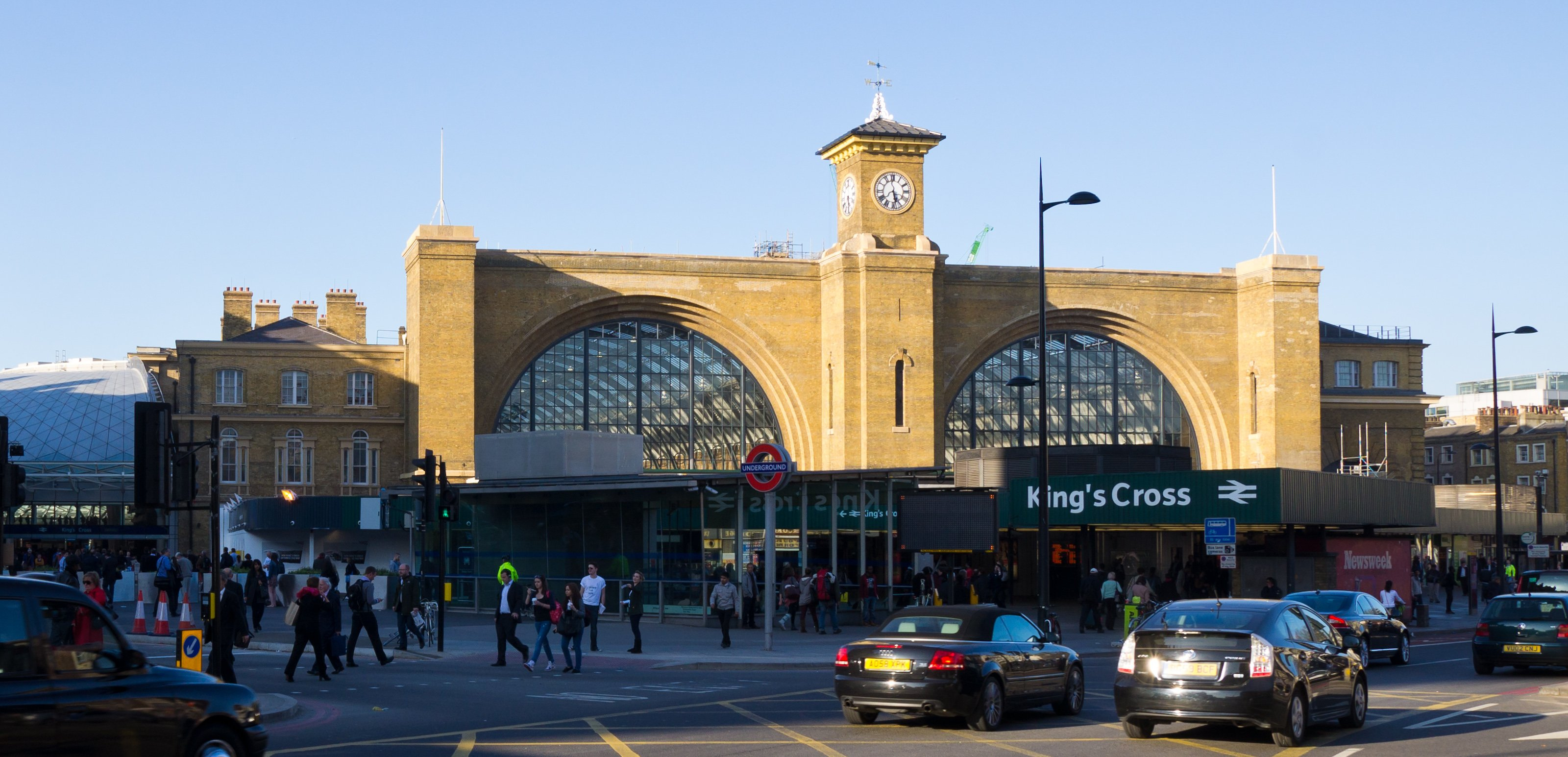 king 39 s cross is the most dangerous tube station. Black Bedroom Furniture Sets. Home Design Ideas