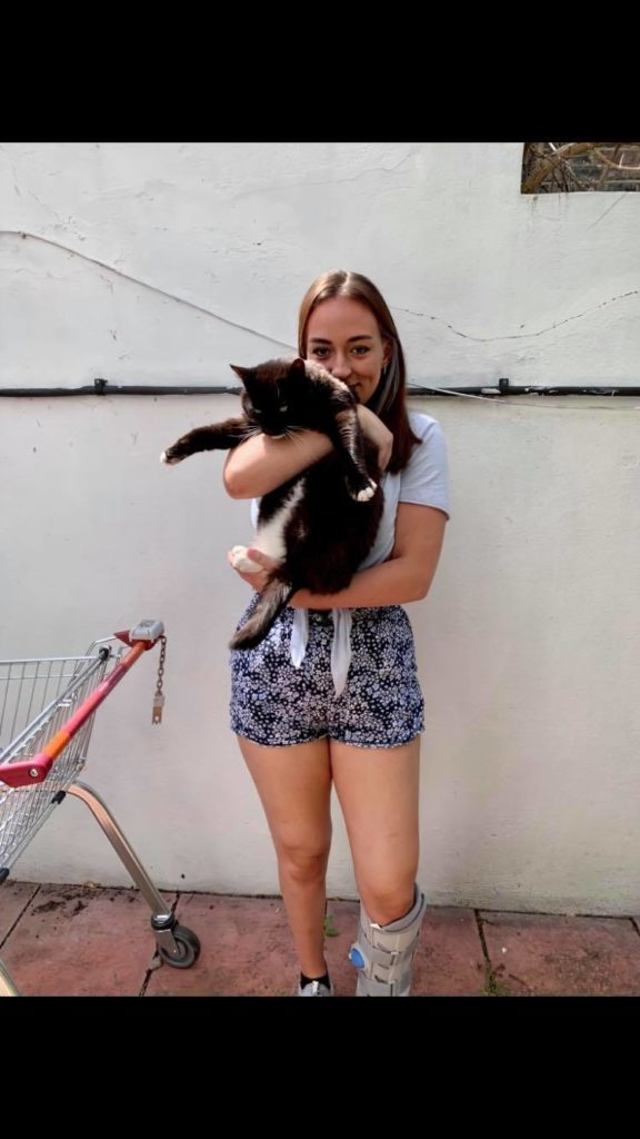 Uni student monk cat