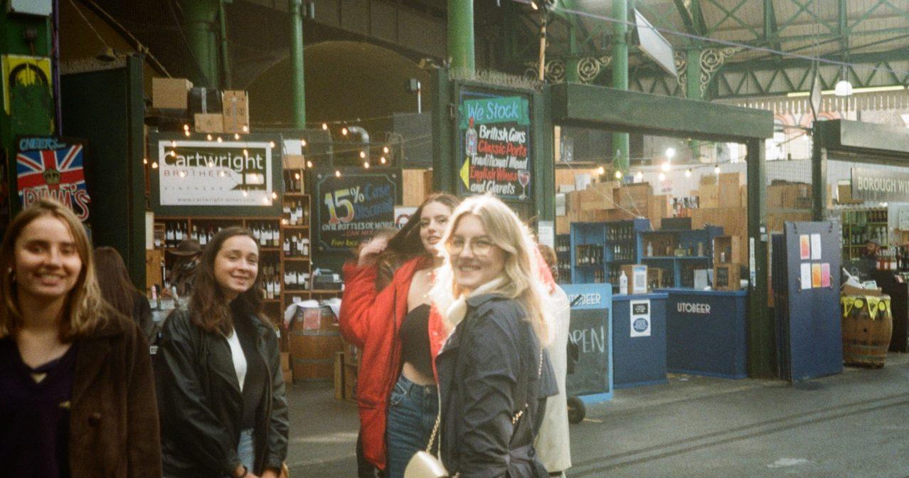Meet girls london