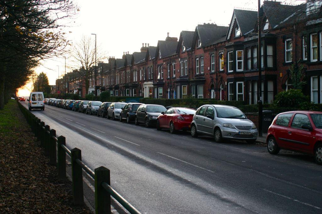 hyde-park-road
