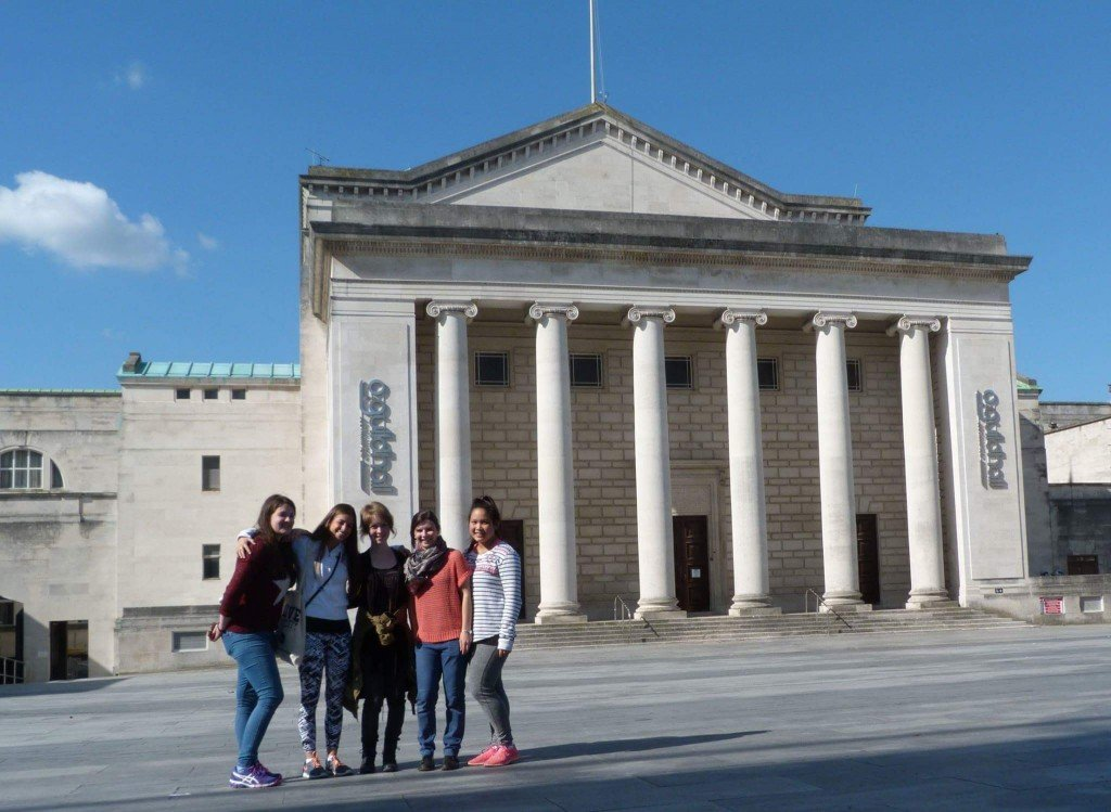 Sightseeing in Southampton -The Guidehall