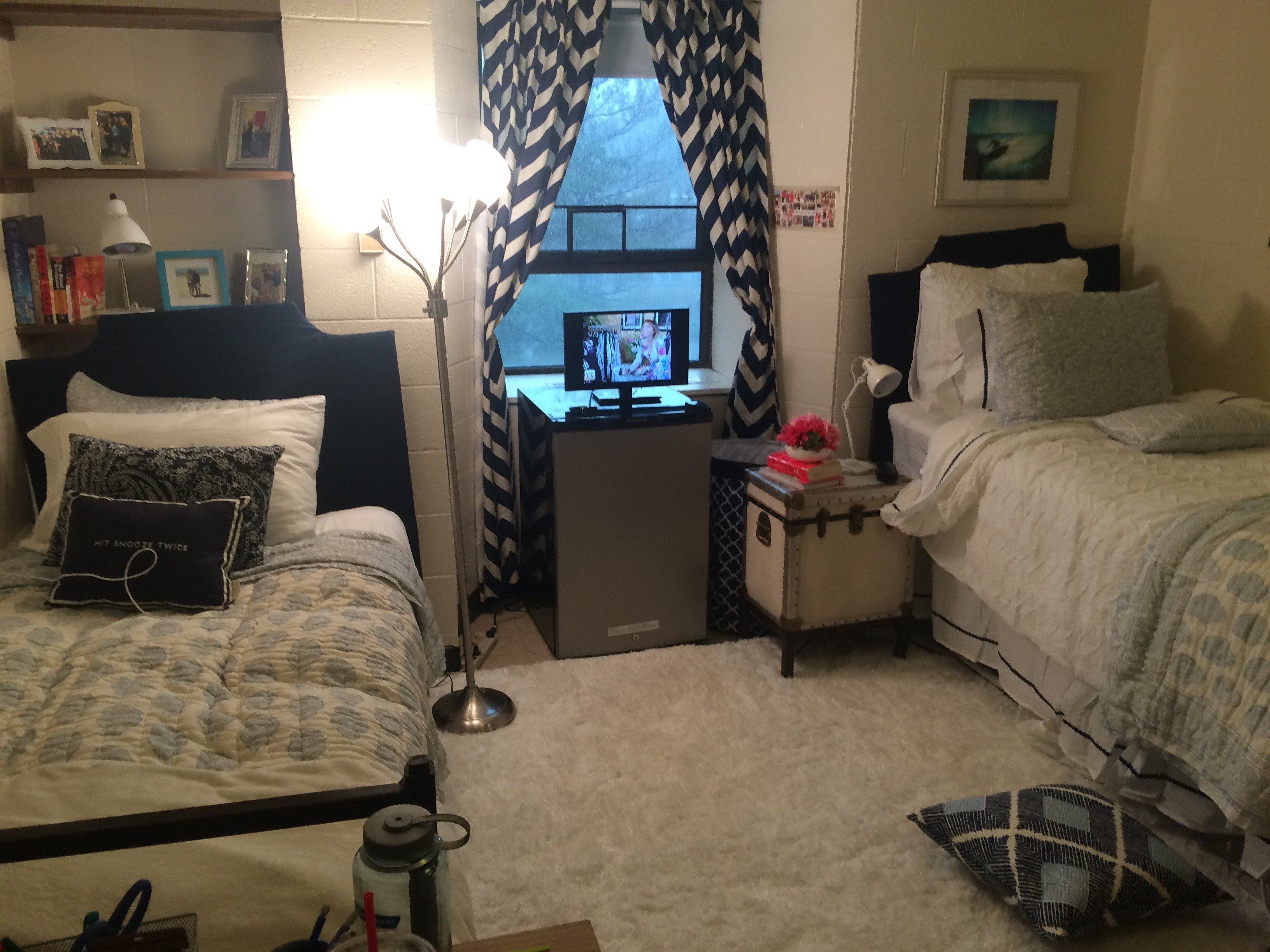 Dorm Room: Hotel OMG: The Best Dorm Room On Campus