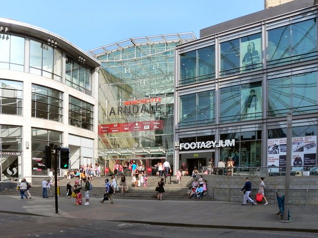 The Arndale Centre that was bombed by the IRA in 1996