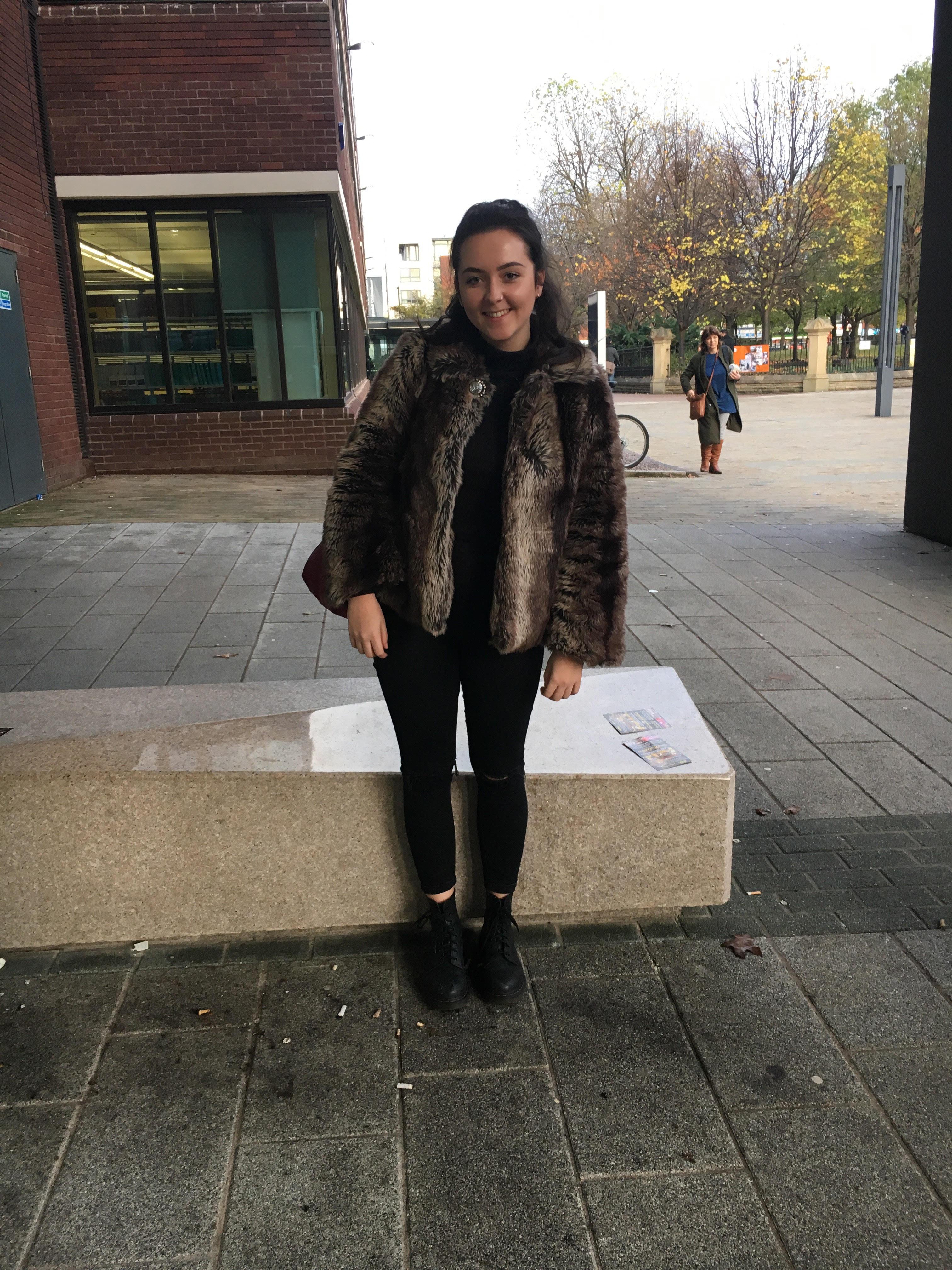 Ellie, 20, Sociology
