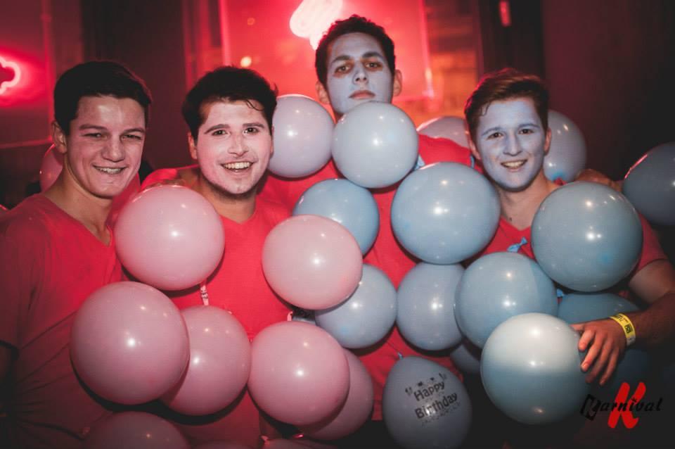 balloons:grape