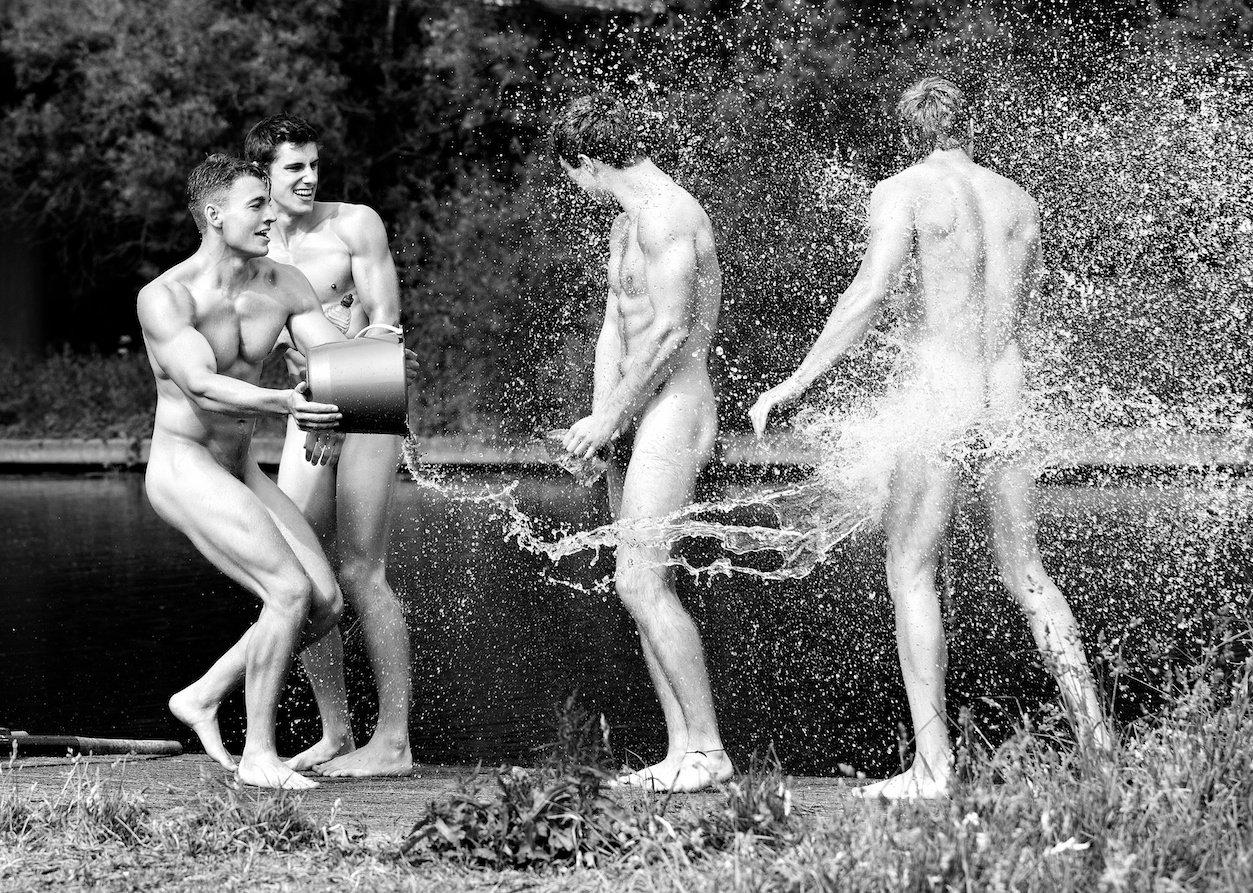 Смешные Фото Обнаженных Мужчин