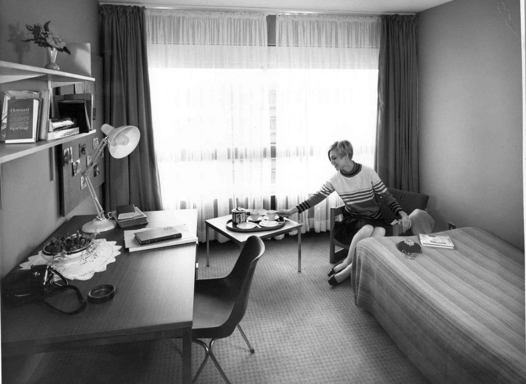 Rootes were a little more generous with room sizes in the 60s