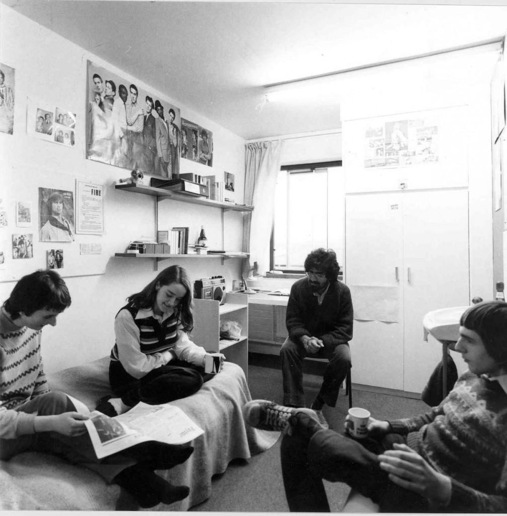 80s student bedroom