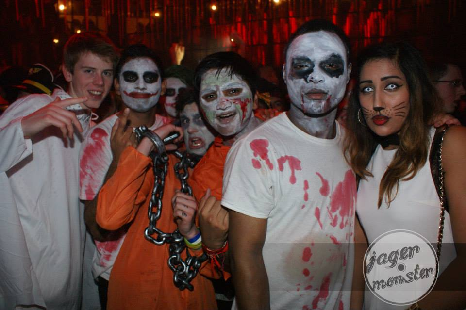 Have fun with a group theme  sc 1 st  The Tab & How to nail your Halloween costume this year