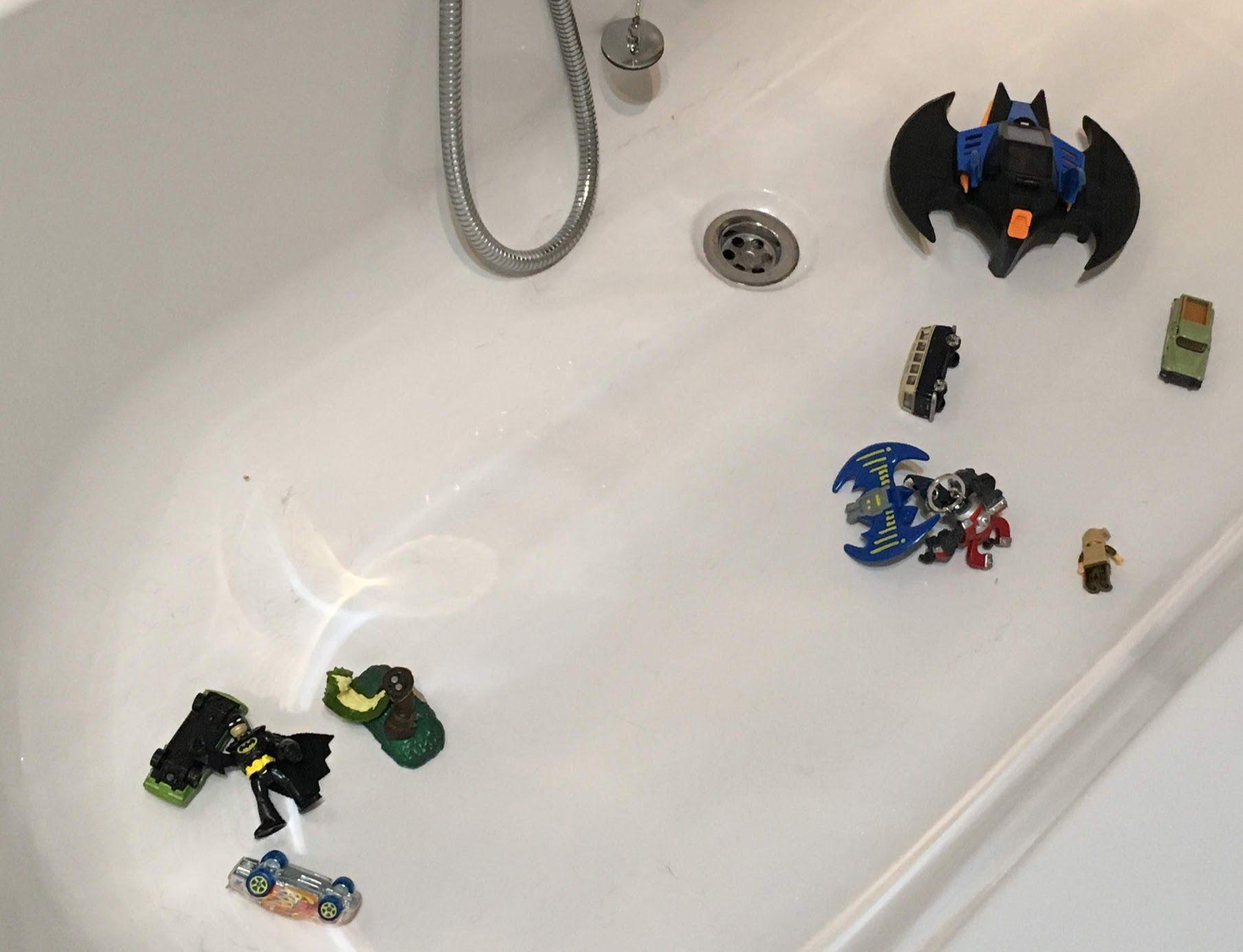 Image may contain: Toy, Bathtub, Tub, Wheel, Machine