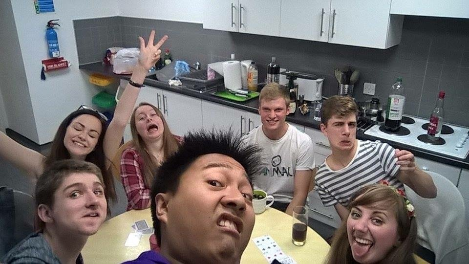 Rep-fresher bonding time on day 1 of uni.