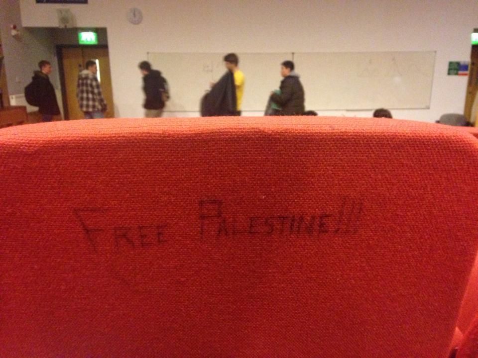 free palestine graffiti
