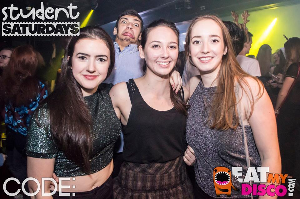 unfathomable face contortion is key to any good photobomb