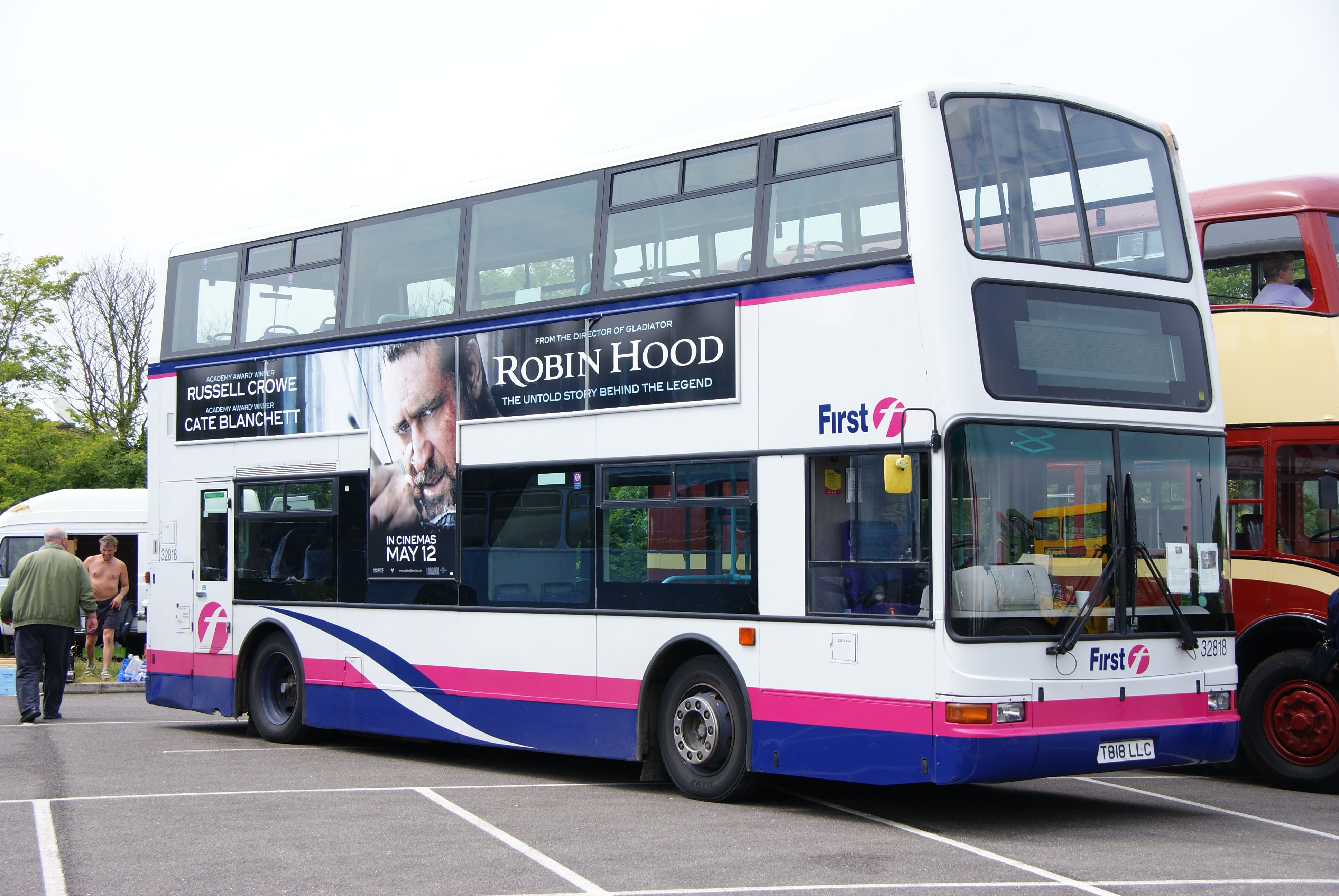 Sheffield SU President makes deal to freeze student bus fares at £1