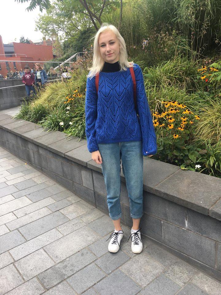 Stay warm with a turtle neck layered under jumpers. Primary colours and boyfriend denim also give the look an on-trend 70s vibe.