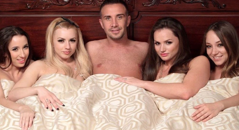 Nude photos of threesome