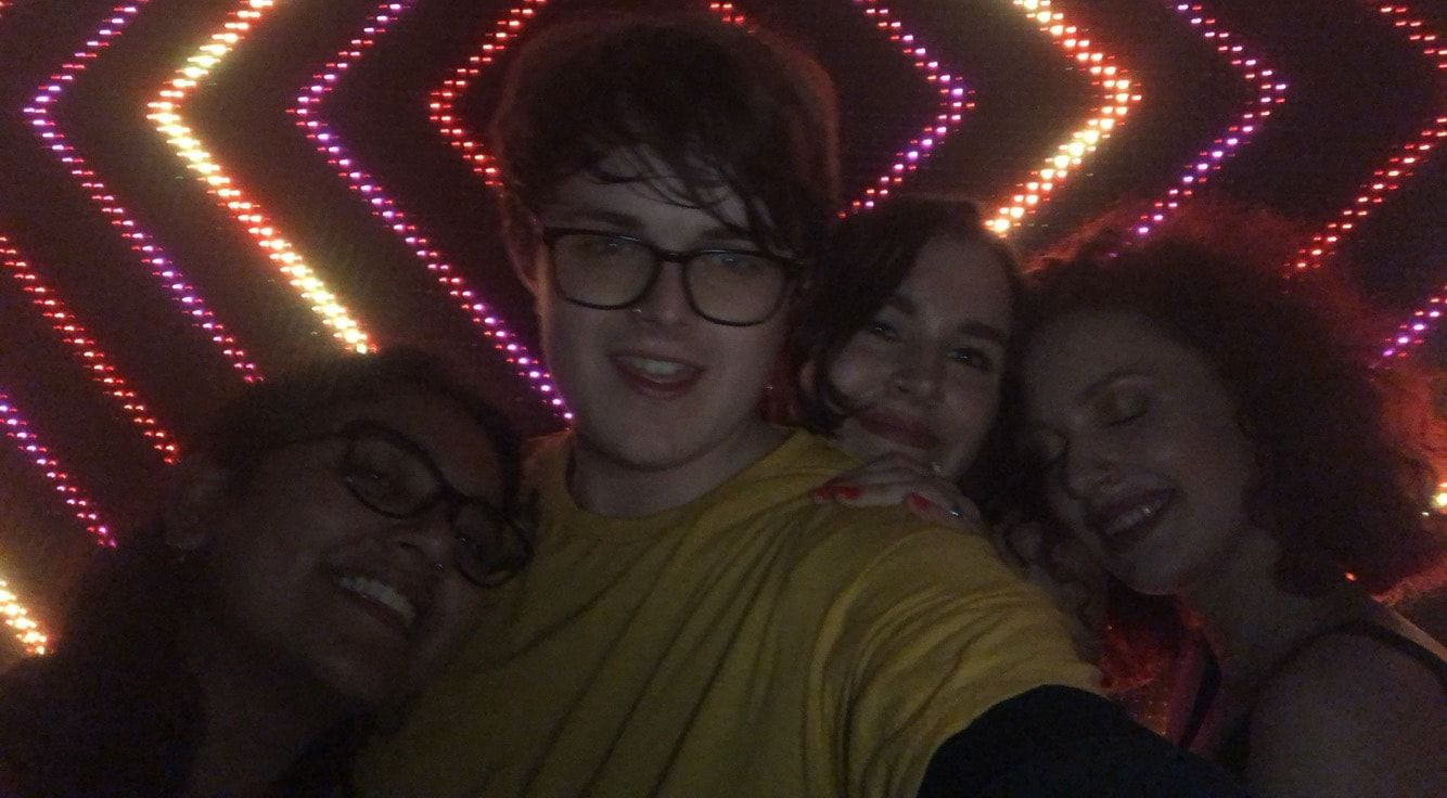 Image may contain: Lighting, Selfie, Night Club, Photo, Photography, Portrait, Light, Club, Face, Person, Human, Glasses, Accessory, Accessories, Night Life