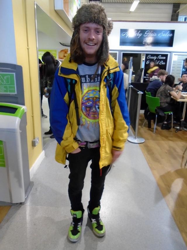 Michael Scott, Geology, eBay coat