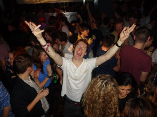 clubbing-530x397