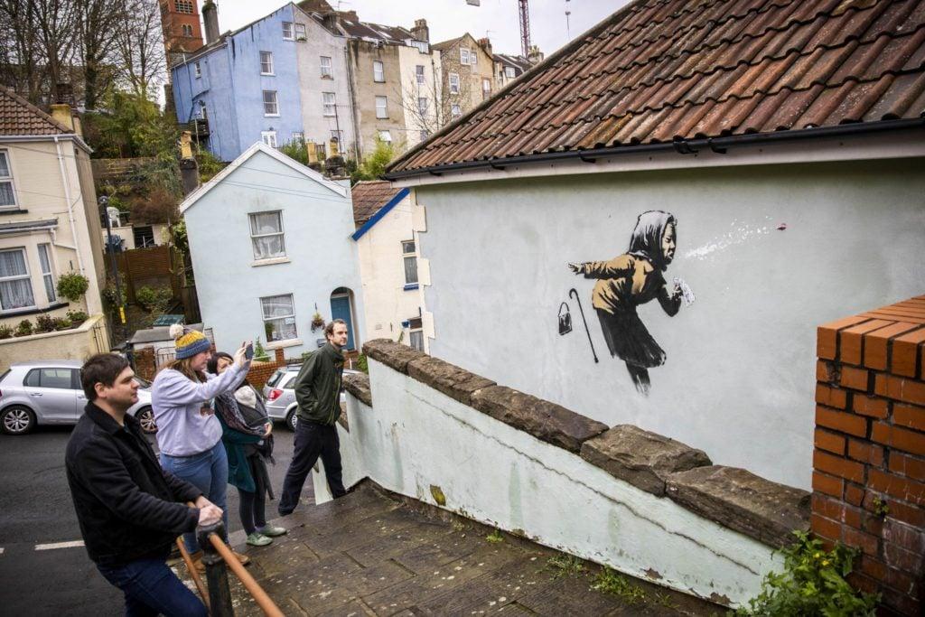 New Banksy artwork on England's steepest street