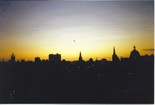 The_Northern_Lights_of_Aberdeen._-_geograph.org.uk_-_115881