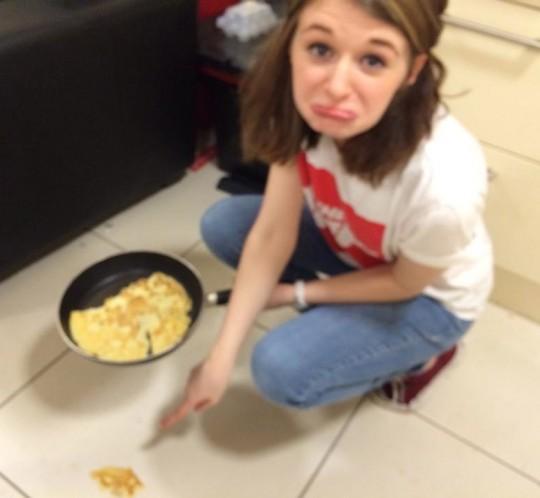 poor pancake, it just wanted to be eaten...