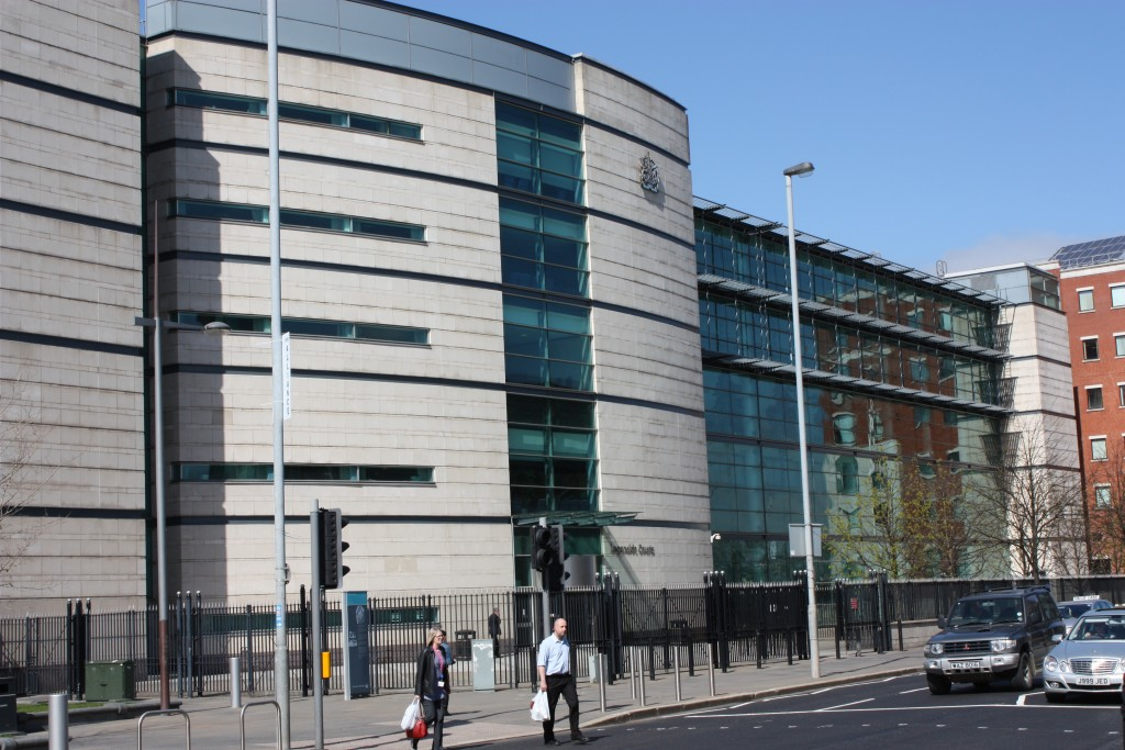 Laganside_Courts,_Belfast,_April_2010