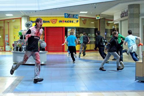 Mall_zombie4_Edit-500x333