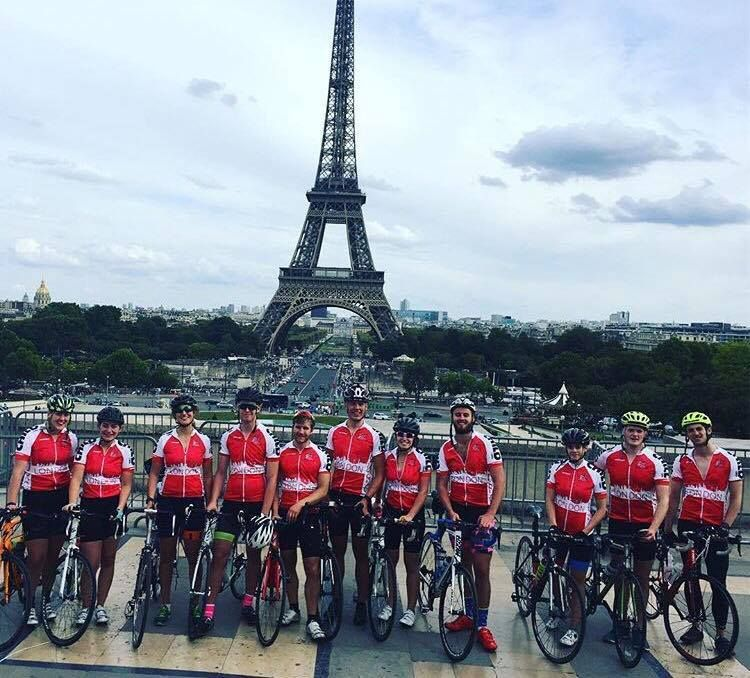 Image may contain: Team Sport, Mountain Bike, Team, Sports, Sport, Cyclist, Person, People, Human, Vehicle, Transportation, Bike, Bicycle