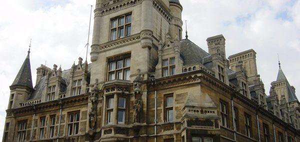 Naked Cambridge University don says stripper jokes wont