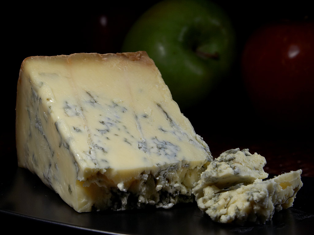 Blue_Stilton_cheese
