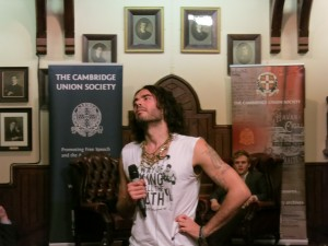 Russell_Brand_at_the_Cambridge_Union_Society