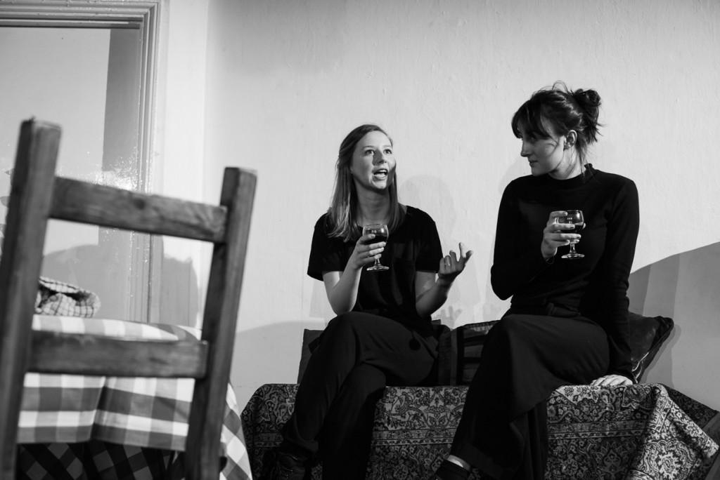 Hollie Witton and Xanthe Burdett. (Photo Credit: Johannes Hjorth)