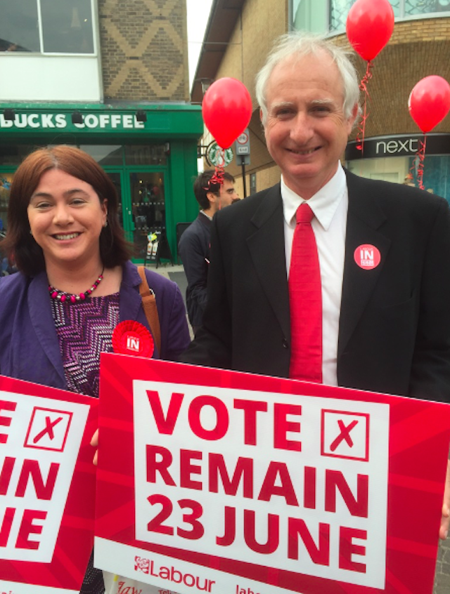 Daniel Zeichner also attended, speaking to members of the public about the referendum
