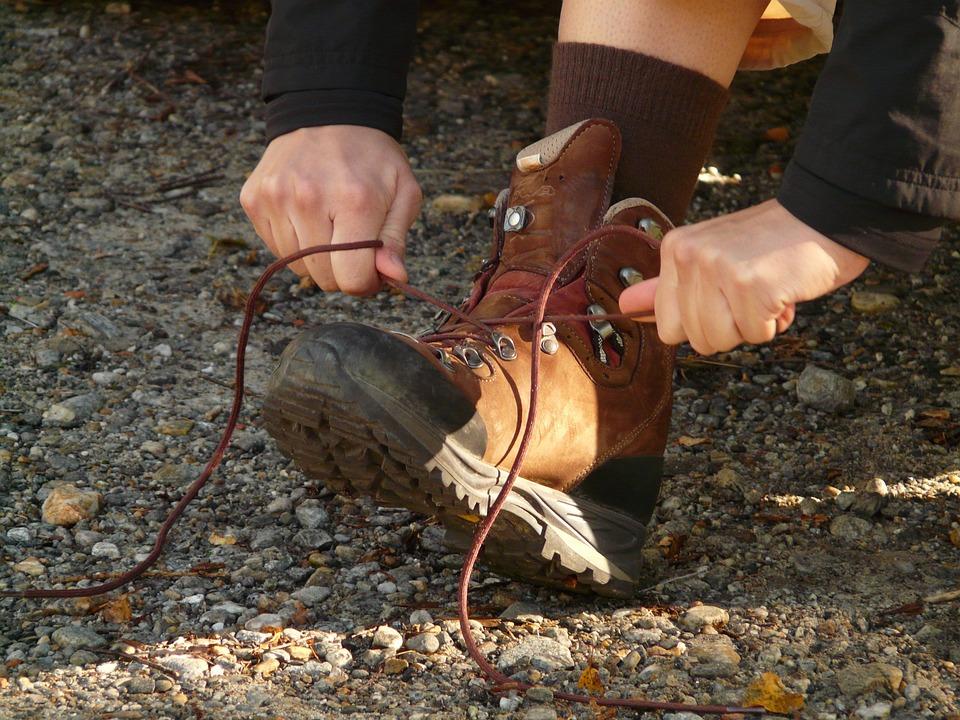 tie-shoes-3082_960_720
