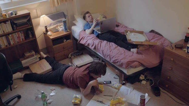 Elliot Wright and Declan Amphlett in '7 steps to becoming a student druglord'
