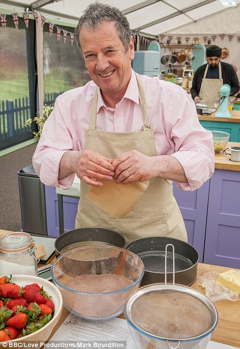 373fbf3600000578-3742068-pictured_great_british_bake_off_contestant_lee-a-26_1471300490874