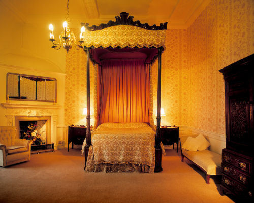 Bishop's suite