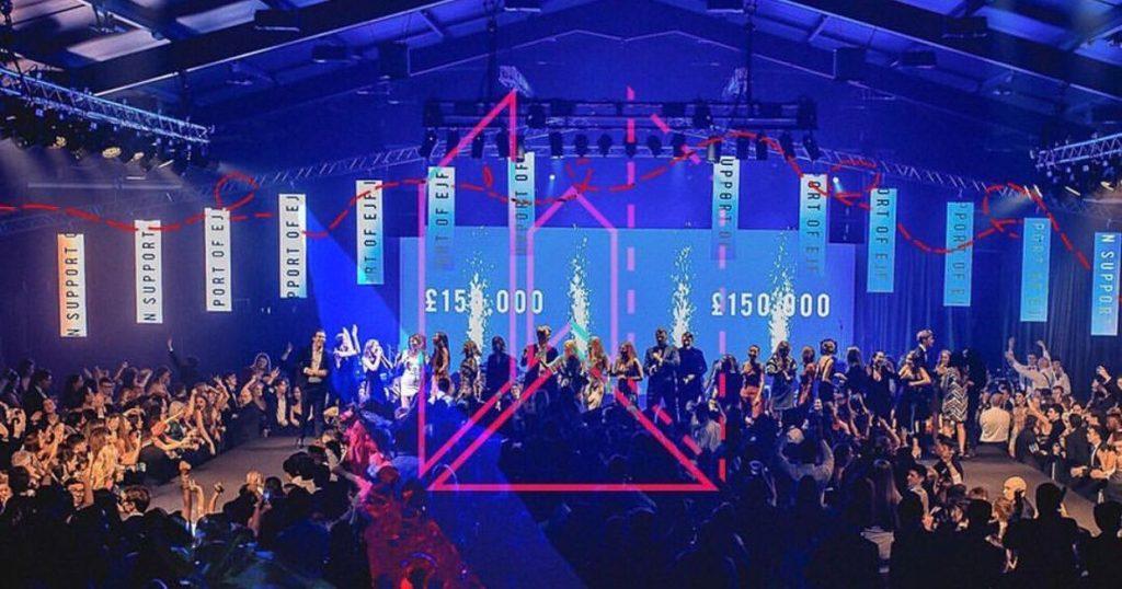 Image may contain: Audience, Night Life, Night Club, Crowd, Club, Person, Human, Lighting