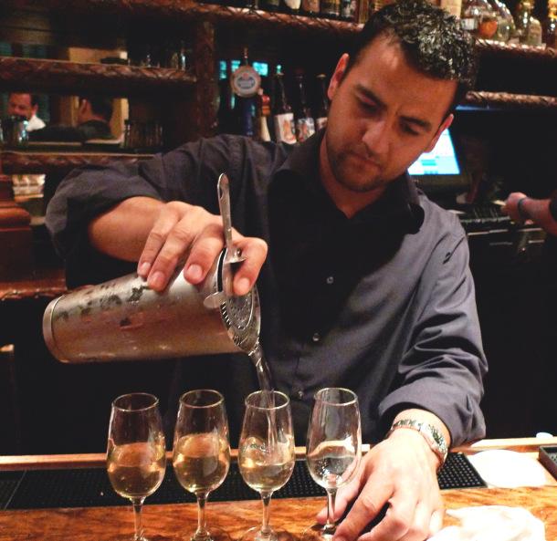 Bartender_at_Luke