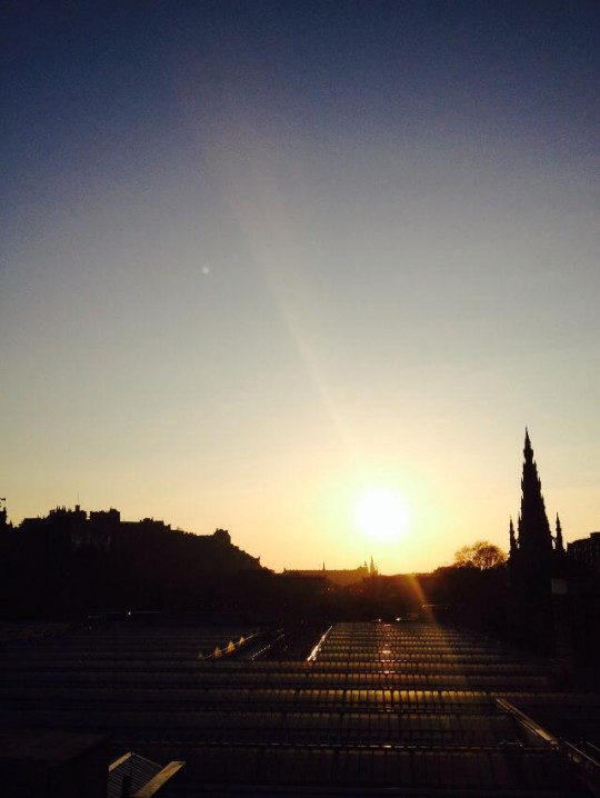 Sunshine on Edinburgh (d'aww)