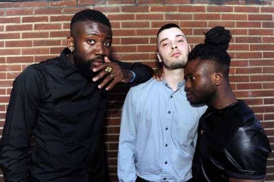 SWNS_YOUNG_FATHERS_03