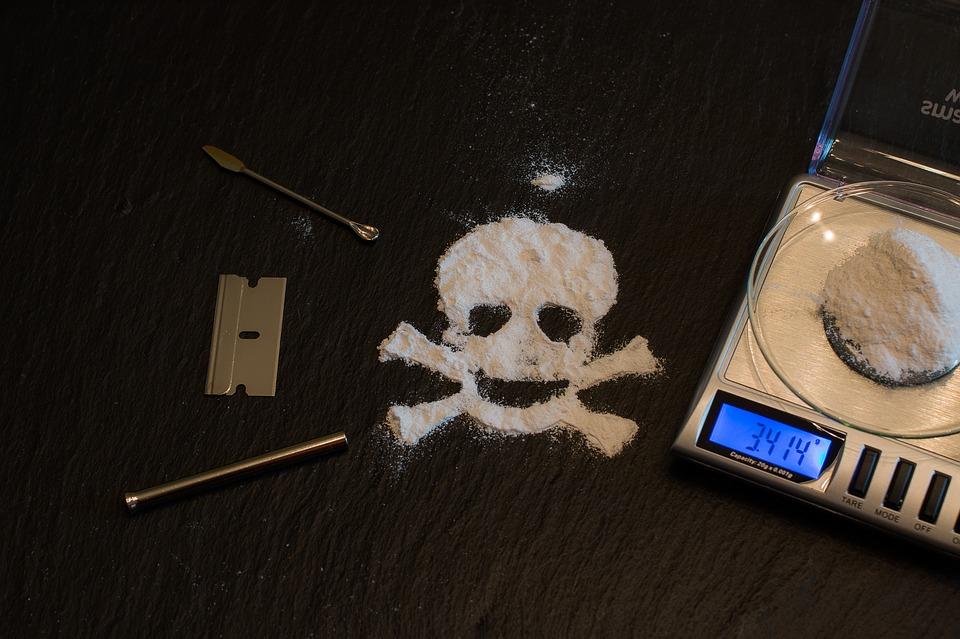 drugs-1276783_960_720