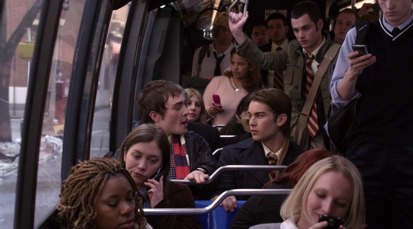 plot holes, Although Chuck and Nate travel on the school bus in the pilot, they take limos for the rest of the series.